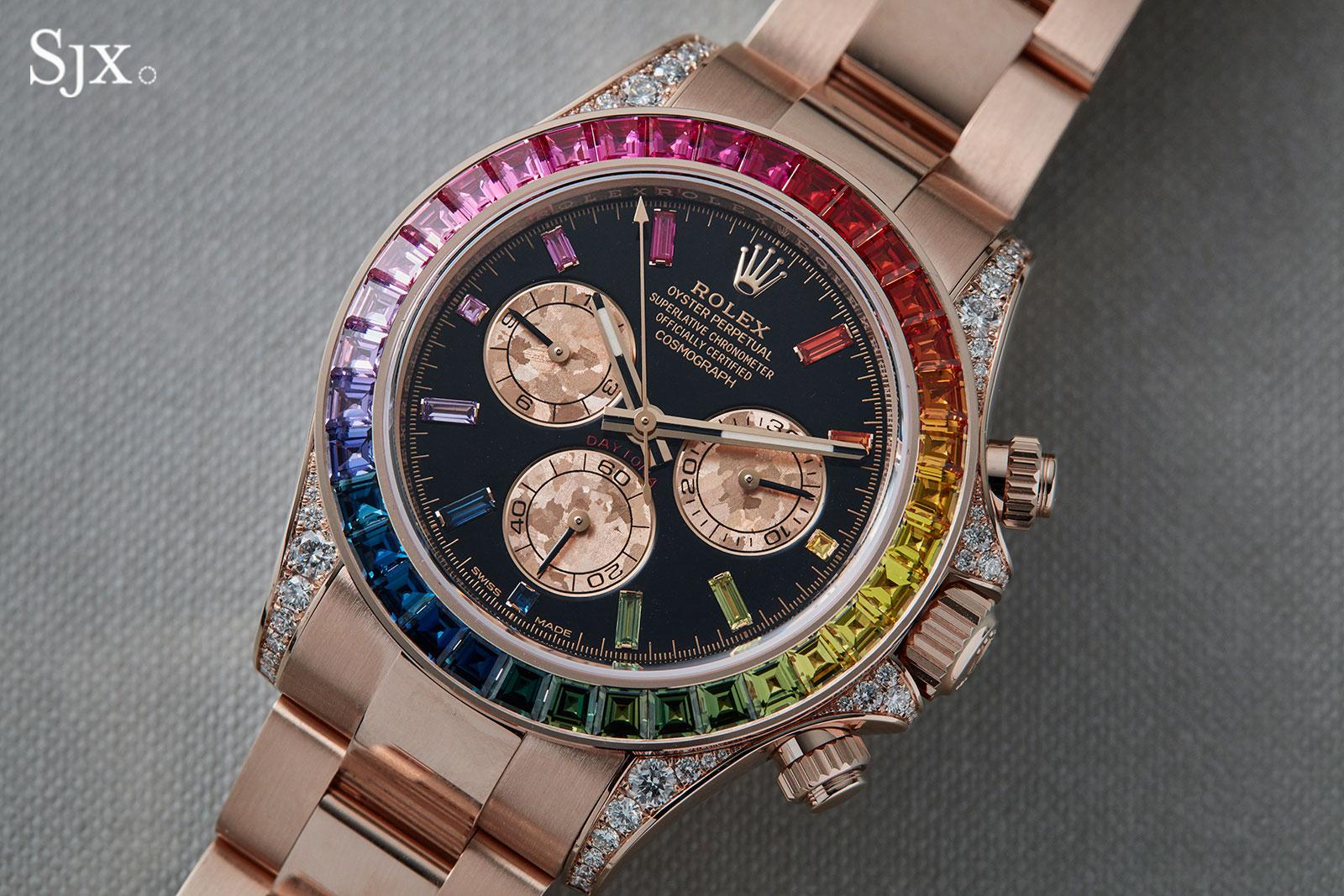 e0fd38a0e47 La principale caractéristique de la nouvelle Tona « Rainbow » Replique  Montre est toujours la même  la lunette est sertie de 36 saphirs  rectangulaires de ...